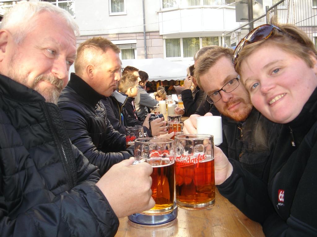 Isländer besuchen fürther Kirchweih